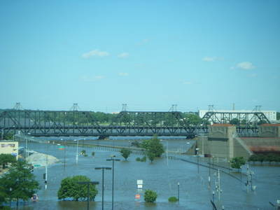 061708_davenport_flood_10