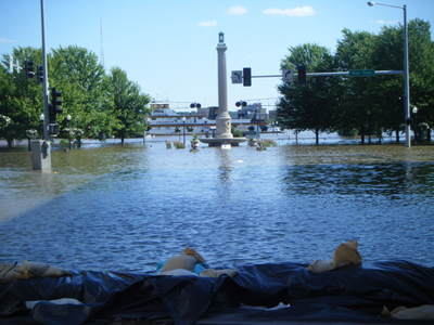 061708_davenport_flood_26