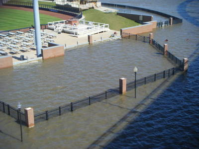 061708_davenport_flood_40_2