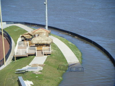 061708_davenport_flood_42
