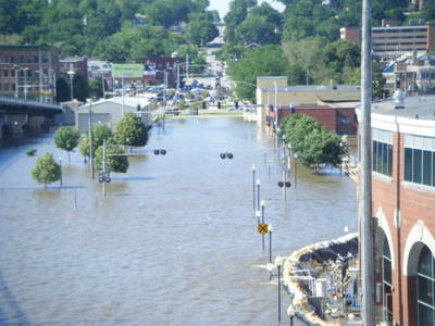 061708_davenport_flood_46